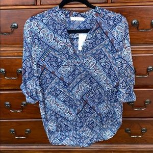 NWT Nordstrom Lush Paisley Vneck blouse small